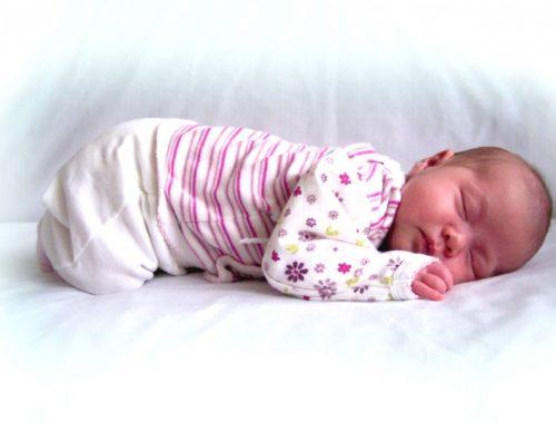 Как воспитывать ребенка в 1 месяц
