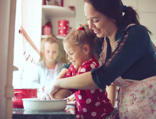 Как воспитывают детей в России