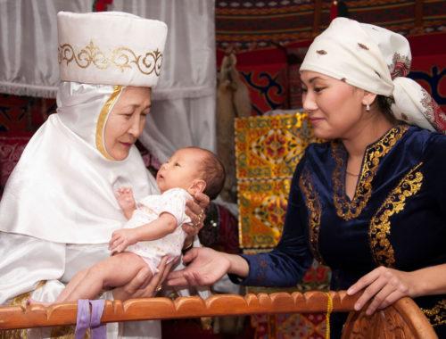 Как казахи воспитывают детей